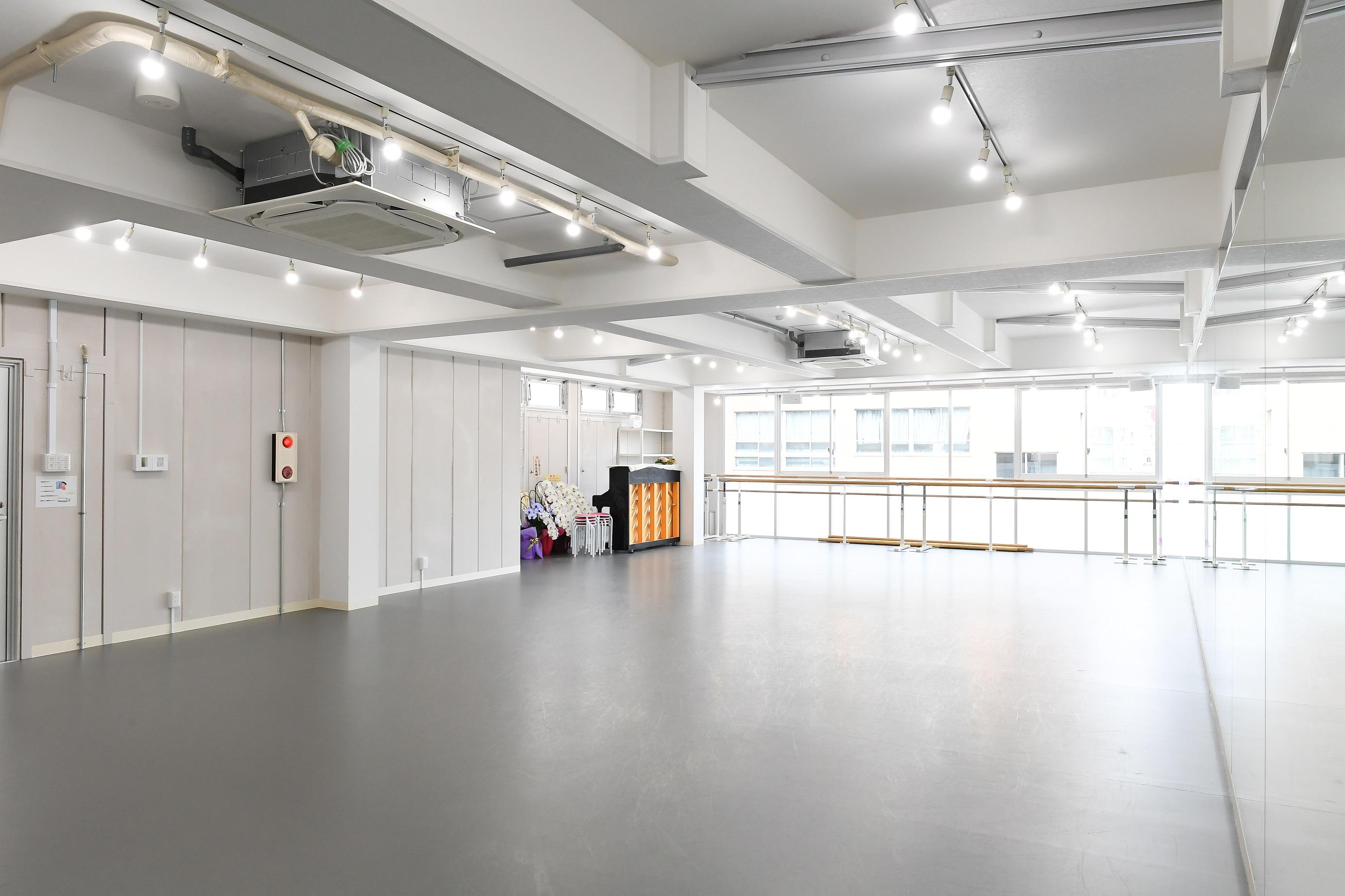 シンフォニーバレエスタジオ