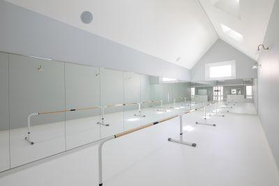 BalletStudio M